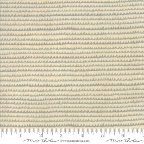 Moderne crèmekleurige quiltstof Aubade Song To Dawn 1426 19 van ontwerpster Janet Clare voor Moda. 100% katoen alsFat Quarter