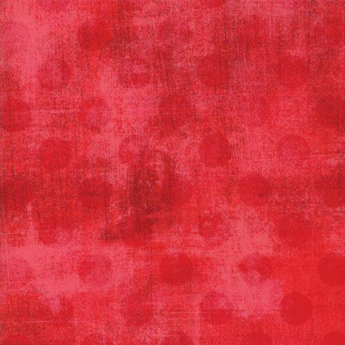 Grunge Hits The Spot New Flamingo 30149 48, van Basic Grey voor Moda Basic. Rode stippen op rood-roze ondergrond. Quiltstof, 100% katoen