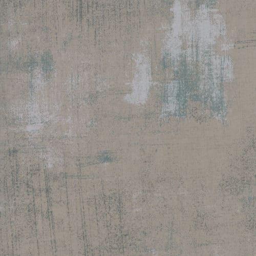 Elegante effen grijze quiltstof met donkere en lichte vegen. Quiltstof, 100% katoen