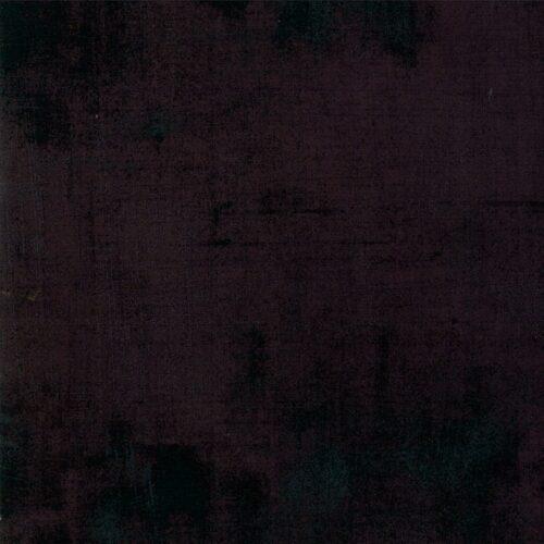 Metropolis Iron 30150 438 Grunge Moda. Zwarte quilt stof uit de collecties Grunge en Metropolis van Basic Grey.Quiltstof, 100% katoen