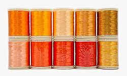 Wonderfil garens, oranje harmony pack.Assortiment van 10 klossen garens in diverse tinten oranje voor patchen, quilten en borduren. Rayon, 40 wt, 150 m.
