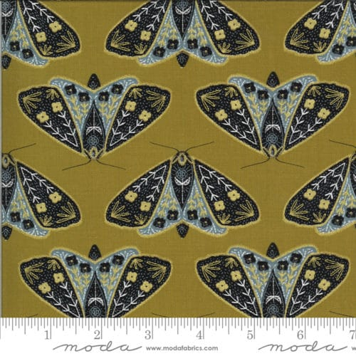Bruine moderne quiltstof met vlinders