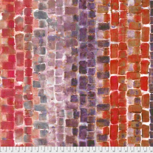 Moderne quiltstof uit de collectie Fancy Free van Free Spirit, ontwerp Denise Burkitt. Quiltstof met rechthoeken/blokken in rood/paars tinten op een witte ondergrond. Quiltstof, 100% katoen